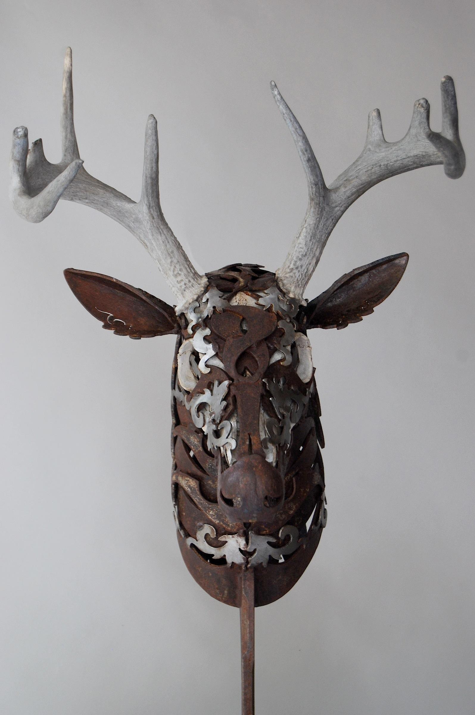 Wildlife metal sculpture by american sculptor doug hays