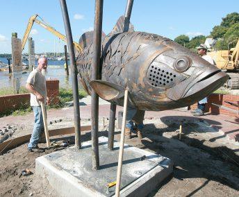 largemouth bass sculpture public art palatka florida