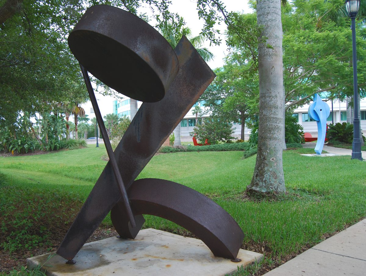 public-art-modern-sculpture-doug-hays-Florida-artist